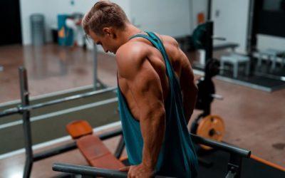 Beste Trizeps-Übungen für Zuhause & im Gym für ein effektives Trizeps-Training